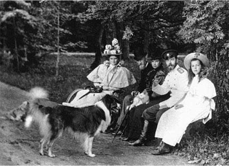 Le Tsarévitch et ses chats, Kotka et Zoubrovka.