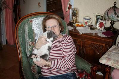 La triste histoire de la chatte Association qui finit bien grâce à Josyane